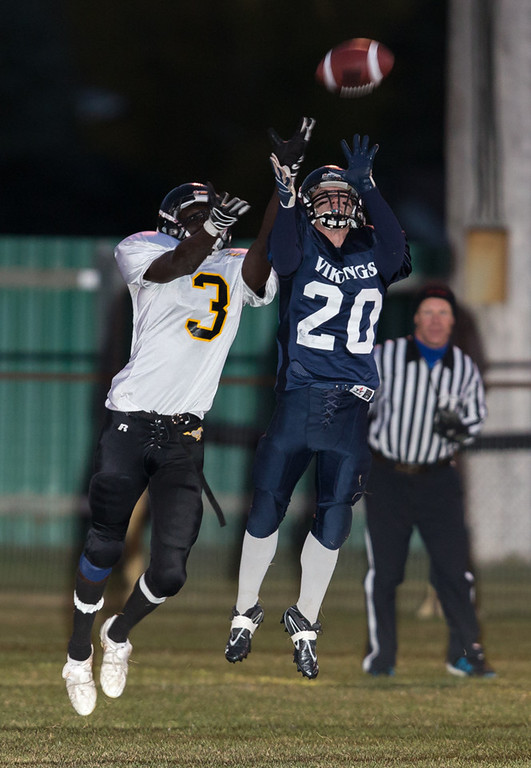 IMAGE: http://rdalrt.smugmug.com/NBCHS/2012-13/Sr-Football-vs-Mount-Royal/i-cJCPhBk/0/XL/1DX2783-XL.jpg